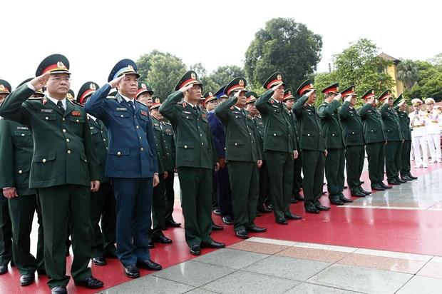 [Foto] Rinden homenajes postumos al Presidente Ho Chi Minh y los martires en Dia Nacional hinh anh 6