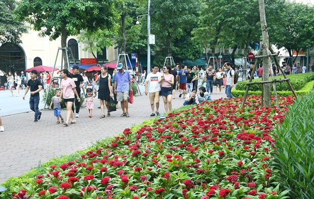 [Foto] Las calles peatonales en el casco antiguo de Hanoi en la Fiesta Nacional hinh anh 3