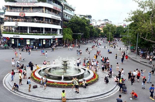 [Foto] Las calles peatonales en el casco antiguo de Hanoi en la Fiesta Nacional hinh anh 6