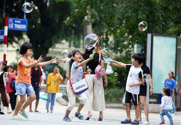 [Foto] Las calles peatonales en el casco antiguo de Hanoi en la Fiesta Nacional hinh anh 7