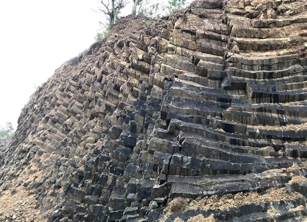 [Foto] Belleza de columnas basalticas en la ciudad Tuy Hoa, provincia vietnamita de Phu Yen hinh anh 4
