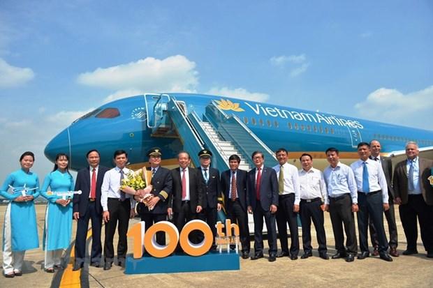 Vietnam Airlines consolida su posicion al recibir la aeronave numero 100 a su flota hinh anh 2