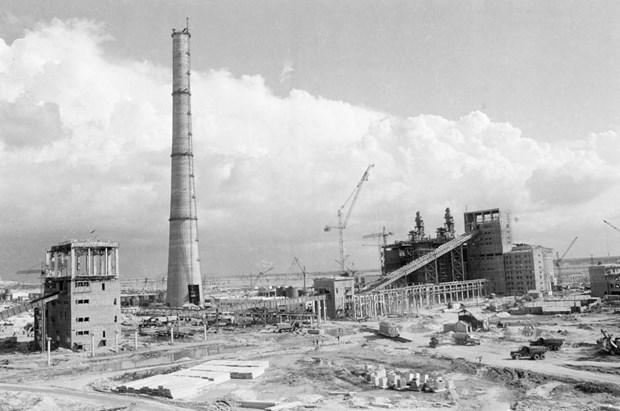 [Foto] Tras la guerra, Vietnam supero las dificultades para la reconstruccion nacional bajo la direccion del Partido Comunista hinh anh 17