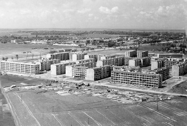 [Foto] Tras la guerra, Vietnam supero las dificultades para la reconstruccion nacional bajo la direccion del Partido Comunista hinh anh 19