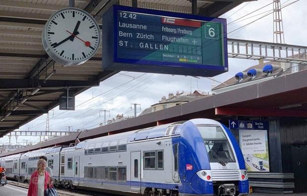 Priorizara Vietnam implementacion de dos tramos de ferrocarril expreso Norte-Sur hinh anh 1