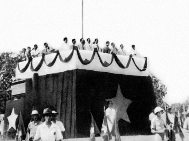 Recuerdan viaje del Presidente Ho Chi Minh para buscar el camino de la salvacion nacional hinh anh 6