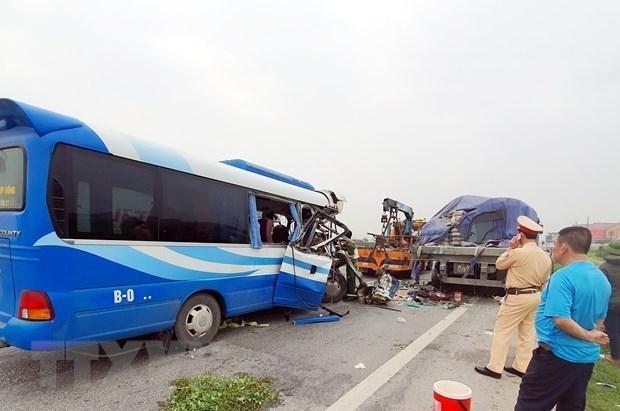 Disminuye cifra de accidentes de transito en Vietnam en seis meses hinh anh 1
