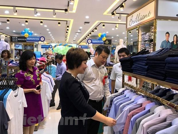 Mejoran la competitividad y presencia de productos vietnamitas en mercado nacional hinh anh 2
