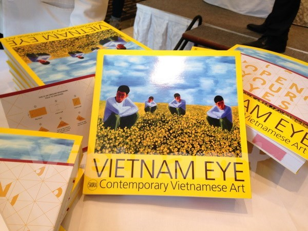 Efectuan exposicion sobre arte contemporaneo de Vietnam hinh anh 1