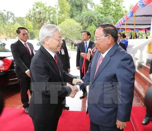 Vietnam y Laos acuerdan incrementar lazos politicos hinh anh 1