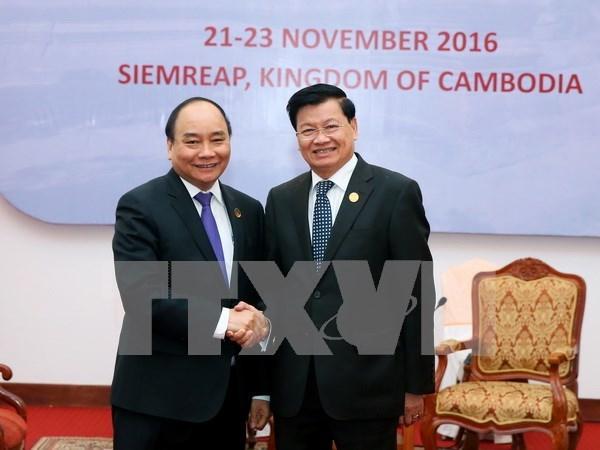 Premier vietnamita continua actividades en Camboya hinh anh 1