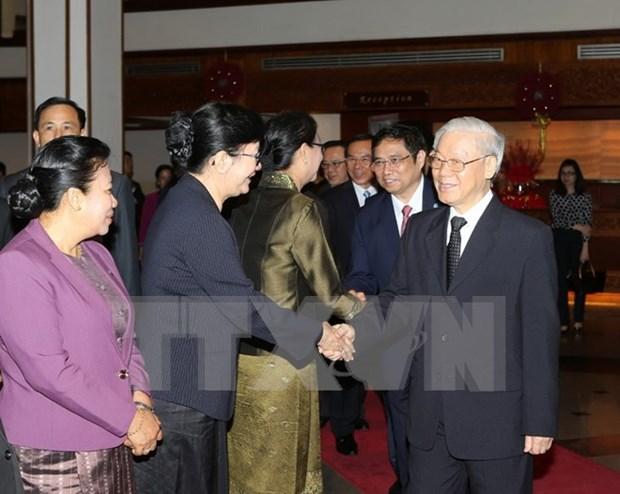 Lider del Partido Comunista de Vietnam concluye visita oficial a Laos hinh anh 1