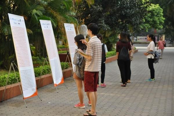 Crece arribo de turistas extranjeros a Vietnam hinh anh 1