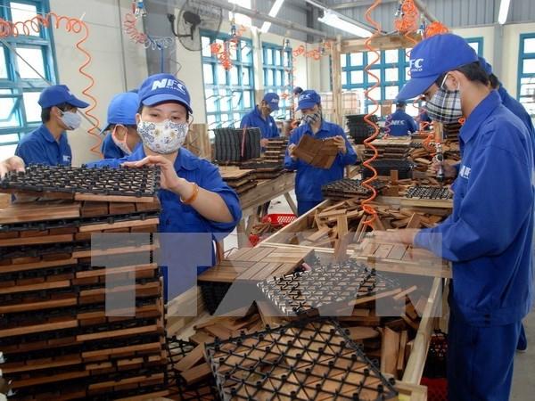 Inversiones extranjeras en Vietnam alcanzan 18 mil millones de dolares hinh anh 1