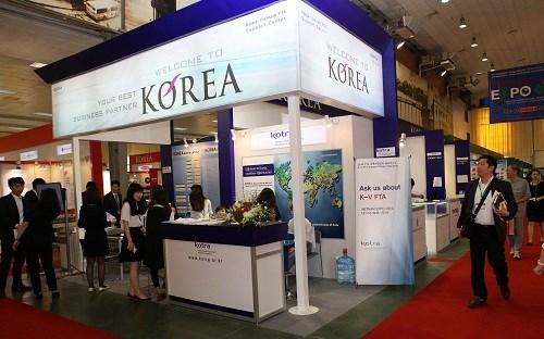 Efectuan Exposicion de Comercio Sudcorea 2016 en Hanoi hinh anh 1