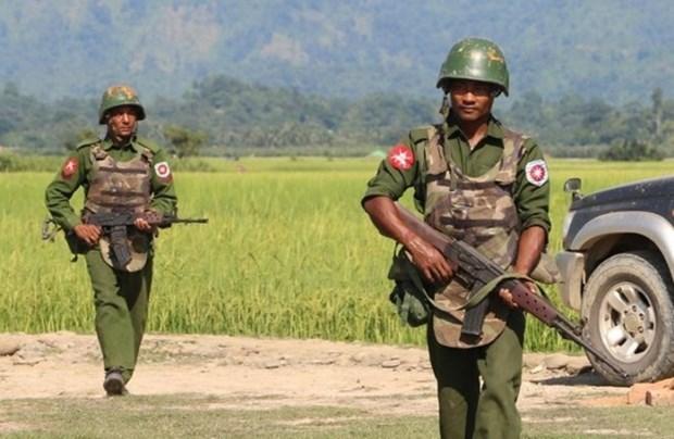 Myanmar: Grupos armados atacan puestos militares en el norte hinh anh 1