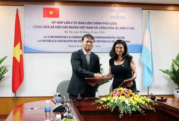 Logran Vietnam y Argentina mas de dos mil millones USD en 10 meses hinh anh 1
