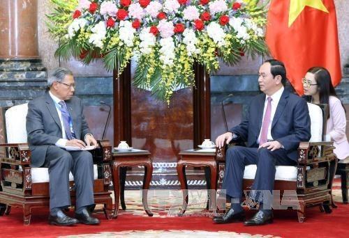Presidente vietnamita urge aumentar intercambio comercial con Malasia a 15 mil millones USD hinh anh 1