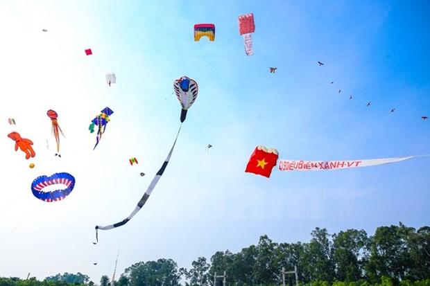 Inicia Festival Internacional de Papalotes en Vietnam hinh anh 1