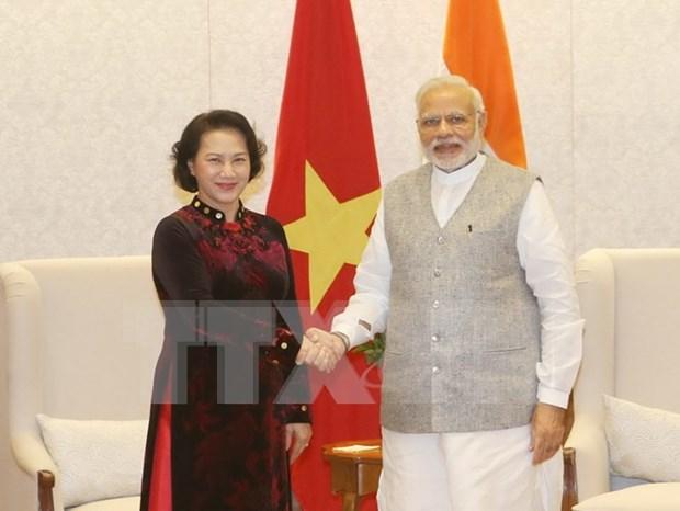Presidenta de Parlamento aboga por fortalecer nexos comerciales con India hinh anh 1