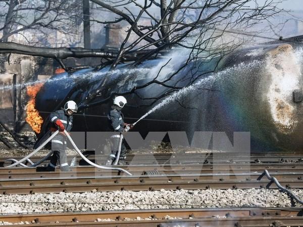 Premier vietnamita extiende condolencias a Bulgaria por explosion de tren hinh anh 1