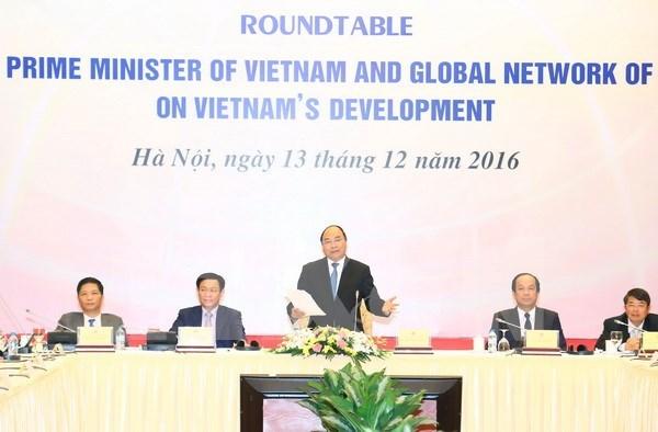 Vietnam saluda aportes de eruditos nacionales y extranjeros al desarrollo nacional hinh anh 1