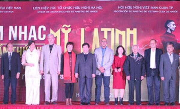 Organizan octava Velada de Musica latinoamericana en capital vietnamita hinh anh 1