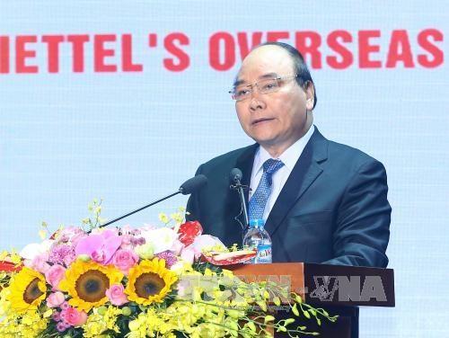 Viettel es nuevo modelo de crecimiento para Vietnam, dijo premier hinh anh 1