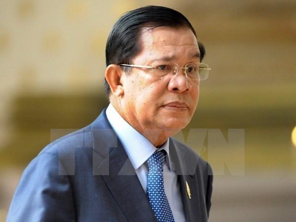 Premier camboyano inicia visita oficial a Vietnam hinh anh 1