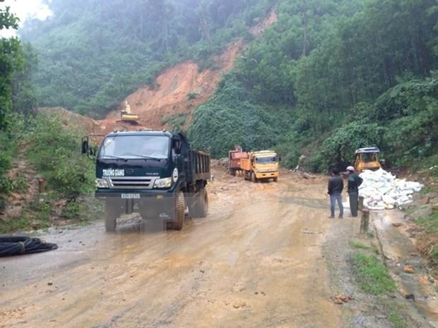 Vicepresidenta visita zonas de Quang Nam afectadas por inundaciones hinh anh 1