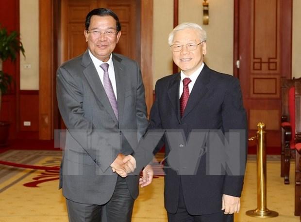 Dirigentes vietnamitas reciben a primer ministro camboyano hinh anh 1