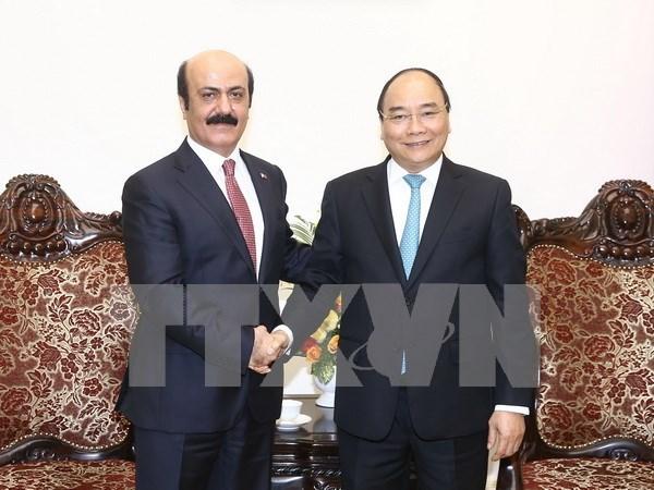 Premier vietnamita recibe al nuevo embajador de Qatar hinh anh 1