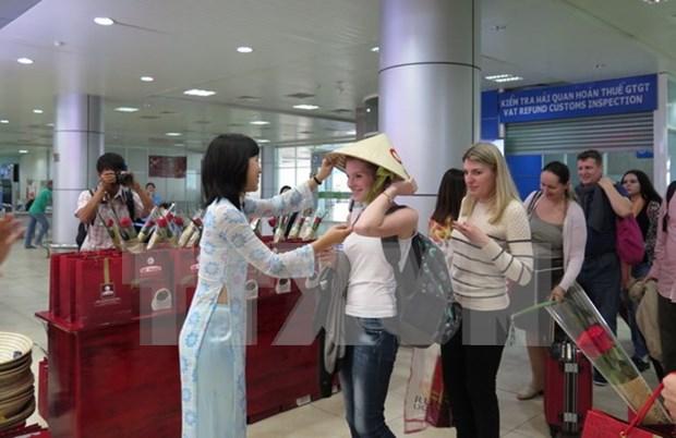 Ciudad Ho Chi Minh recibe a su cinco millonesimo turista extranjero de 2016 hinh anh 1