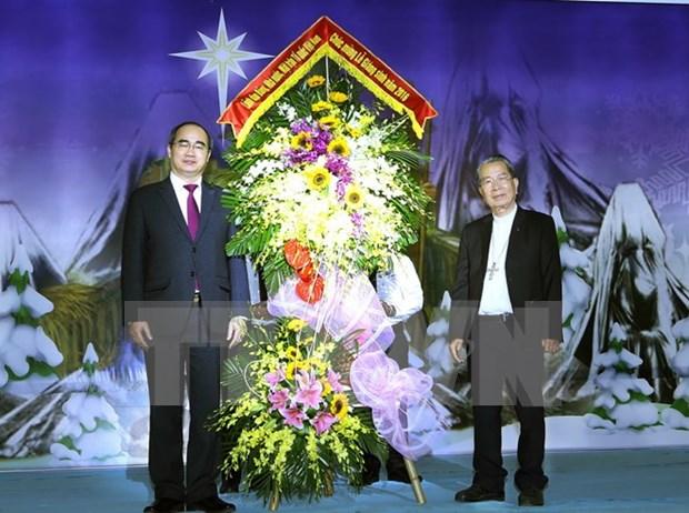Lider del FPV felicita a comunidad catolica con motivo de Navidad hinh anh 1