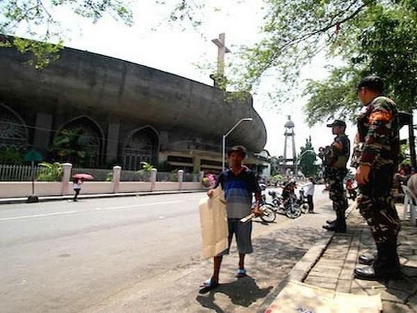 Filipinas: Decenas de heridos en explosion cerca de iglesia en la Nochebuena hinh anh 1