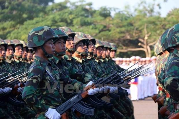 Lider laosiano exhorta por modernizacion del ejercito hinh anh 1