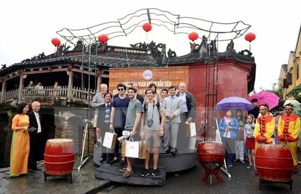 Quang Nam fija como meta atraer a mas de cinco millones de turistas en 2017 hinh anh 1