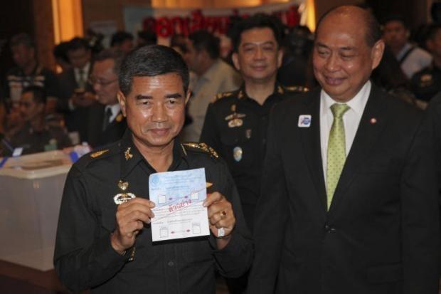 Opiniones contradictorias sobre elecciones generales en Tailandia hinh anh 1