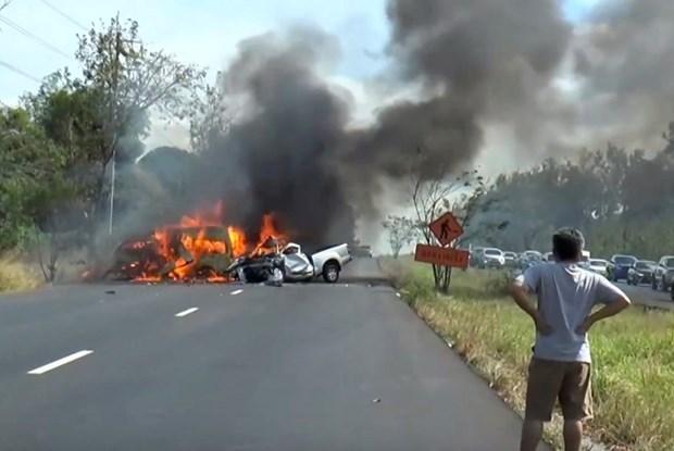 Mas de 20 muertos en accidente de furgoneta en Tailandia hinh anh 1