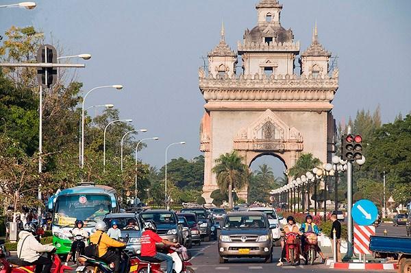 Vientiane preve crecimiento economico de 11 por ciento en 2017 hinh anh 1