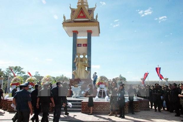 Resaltan aportes de Vietnam al derrocamiento del regimen Khmer Rojo hinh anh 1