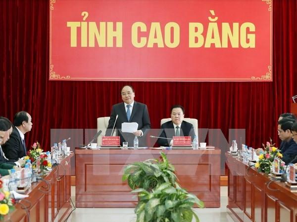 Premier vietnamita urge a Cao Bang a ser un modelo de reduccion de pobreza hinh anh 1