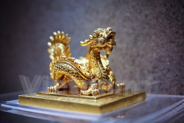 Inauguran en Hanoi exposicion de tesoros nacionales hinh anh 1