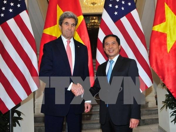 Secretario de Estado norteamericano John Kerry visita Vietnam hinh anh 1