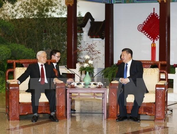 Lider partidista vietnamita concluye visita oficial a China hinh anh 1