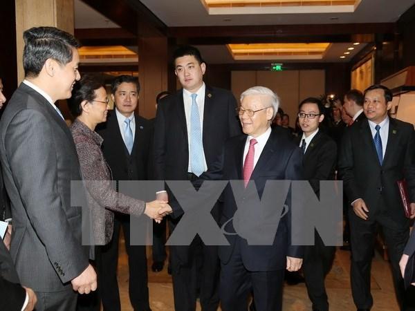 Lider partidista vietnamita asegura apoyo a empresas chinas en Vietnam hinh anh 1