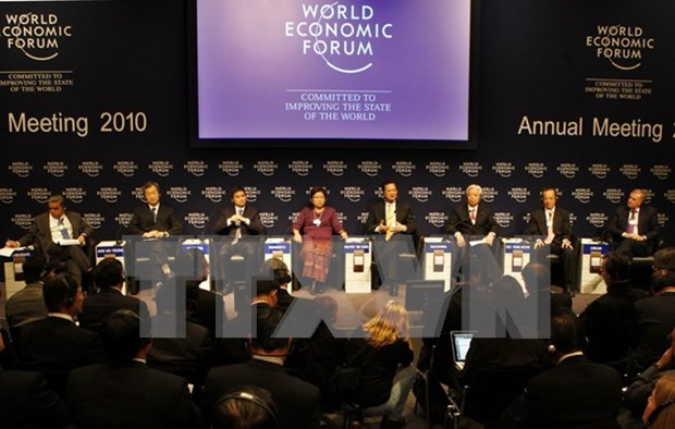 Vietnam y Foro Economico Mundial, contrapartes por un desarrollo comun hinh anh 1