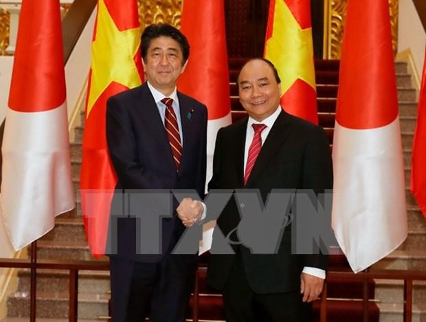 Premieres de Vietnam y Japon acuerdan reforzar nexos binacionales hinh anh 1