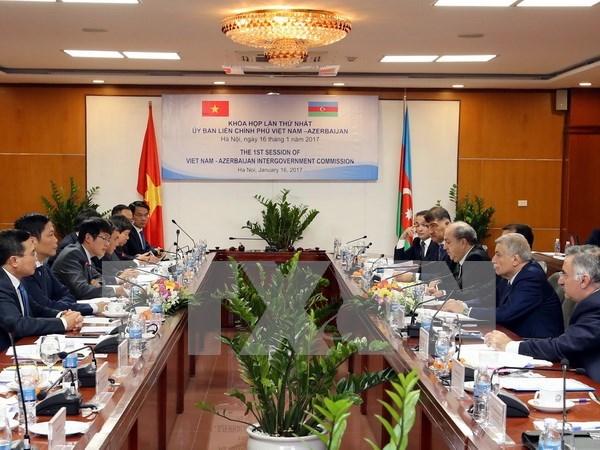 Vietnam y Azerbaiyan impulsan vinculos en diversas areas hinh anh 1