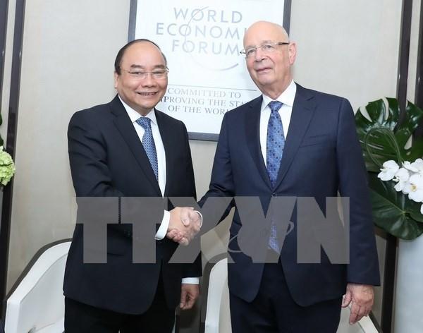 Primer ministro de Vietnam desarrolla intensa agenda de actividades en Davos hinh anh 1